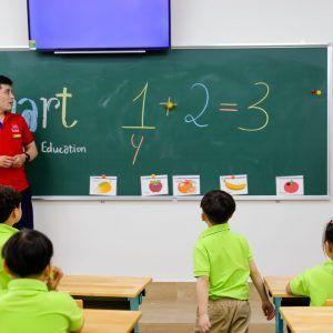 Chương trình học song ngữ